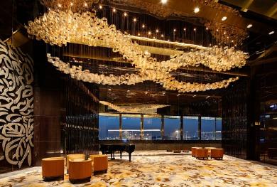 Ritz_Carlton_hotel_felons.wordpress.com (6)