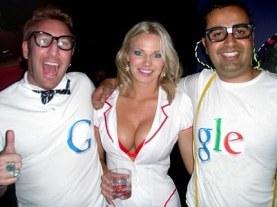 عکسهای تبلیغات سکسی و جالب برای گوگل
