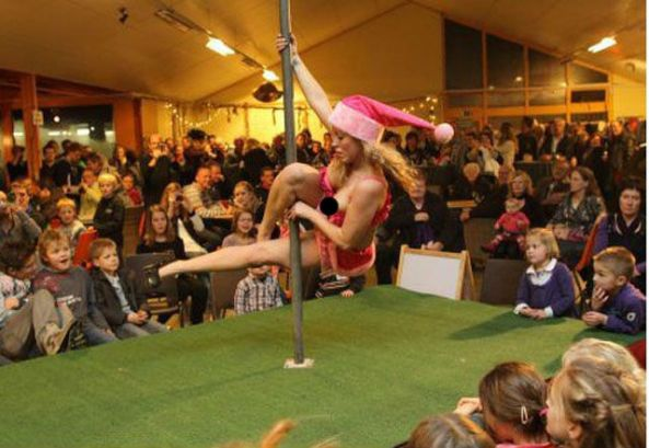 Striptease_felons.wordpress.com