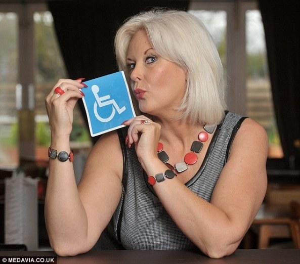 مادام بکی آدامز یکی از معروف ترین فاحشه های بریتانیا است که فاحشه خانه برای معلولین باز کرد