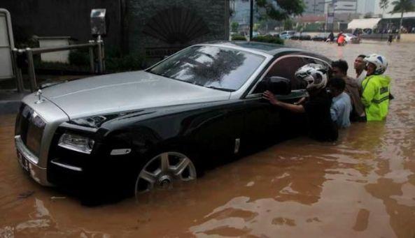 car (12)