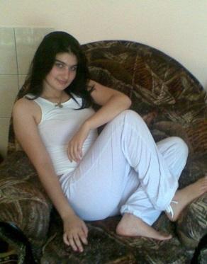 Cute-girl-from-lebanon