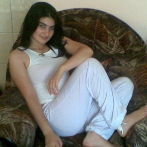 Cute-girl-from-lebanon