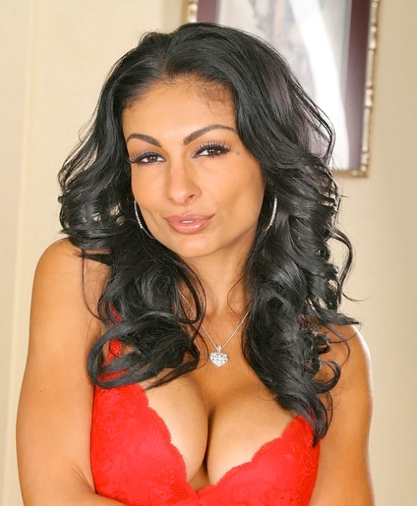 مرجان فریتوس (پرشیا پله) بازیگر فیلمهای پورنو ایرانی آمریکایی