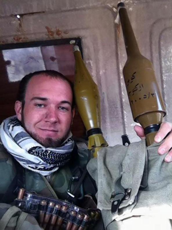 اریک هارون، ٣٠ ساله، عضو ارتش آمریکا بوده