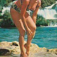 عکس های سکسی و زیبای فرح دیبا پهلوی با بیکینی