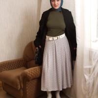 این زن افغان اولین مدل برهنه ی مسلمان با حجاب اسلامی است