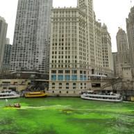 رود شیکاگو قبل از روز سن پاتریک سبز شده بود