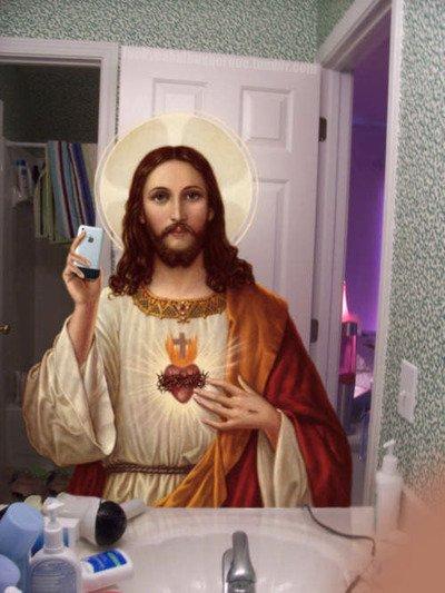 عیسی مسیح عضو فیسبوک