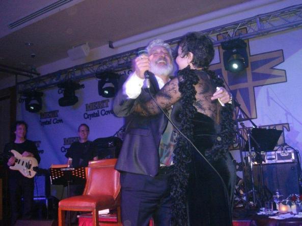 کتایون ریاحی در کنسرت ابی کشف حجاب کرد