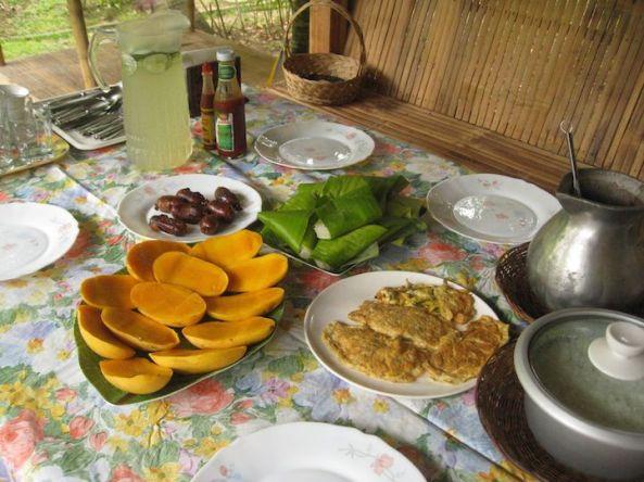 صبحانه فیلیپینی در فیلیپین