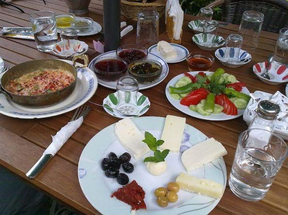 صبحانه تورکی در تورکیه