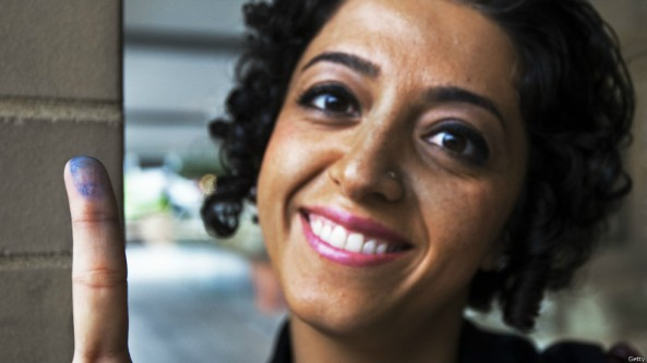 دختر فمینیست ایرانی در ایالت واشنگتن به جمهوری اسلامی رای می دهد