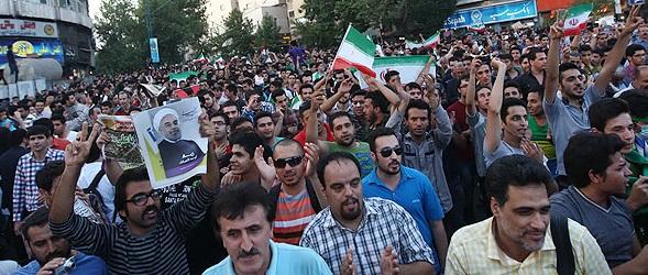 واقعا خاک بر سر مردم ایران