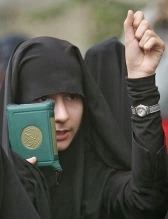 اگر پارچهٔ حجابِ زن مسلمان به دست کفار اختراع نشده بود! (3)
