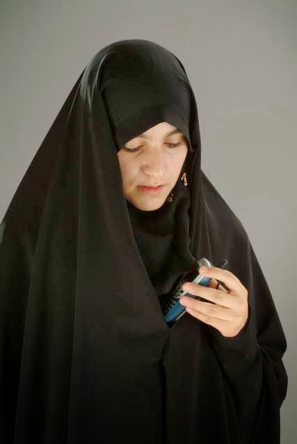 اگر پارچهٔ حجابِ زن مسلمان به دست کفار اختراع نشده بود! (7)
