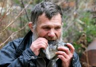 تصاویر دیدنی از یک زاهِد روس در جنگل به دور از تمدن بشری (7)