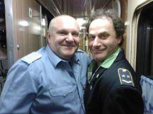 این رئیس قطار با همه بازیگران مشهور روس عکس یادگاری دارد (14)