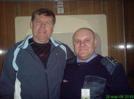 این رئیس قطار با همه بازیگران مشهور روس عکس یادگاری دارد (27)