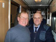 این رئیس قطار با همه بازیگران مشهور روس عکس یادگاری دارد (32)