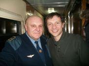 این رئیس قطار با همه بازیگران مشهور روس عکس یادگاری دارد (40)