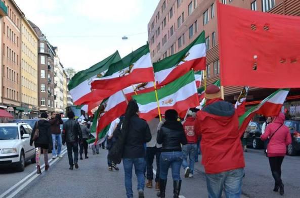 حمله-کمونیستها-به-هواداران-پادشاهی-در-روز-کارگر-استکهلم (5)