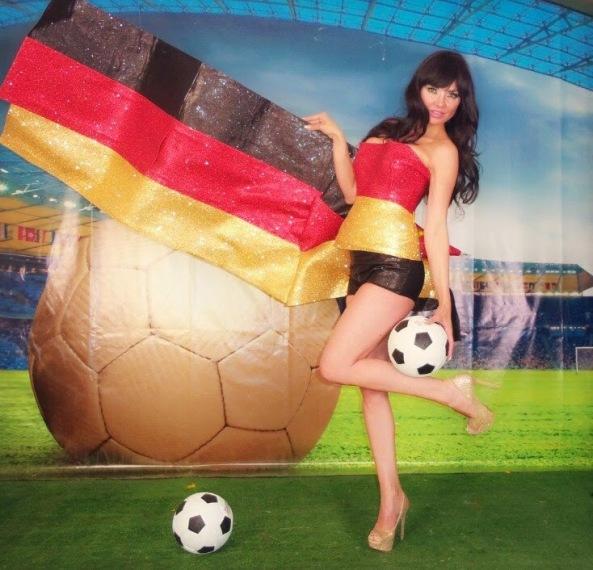 طرفداران-سکسی-تیم-های-فوتبال-در-جام-جهانی-۲۰۱۴ (4)
