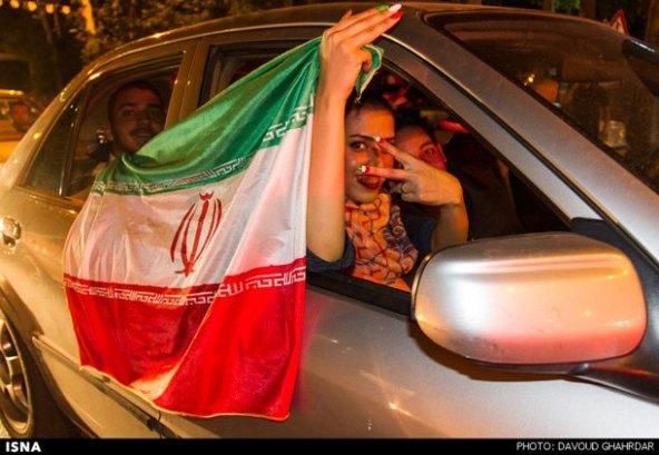 عکسهای-شادی-مردم-بازی-ایران-آرژانتین-felons.wordpress (2)
