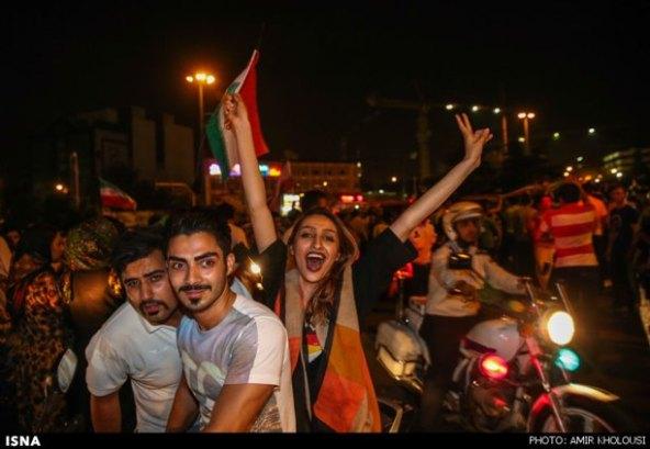 عکسهای-شادی-مردم-بازی-ایران-آرژانتین-felons.wordpress (6)