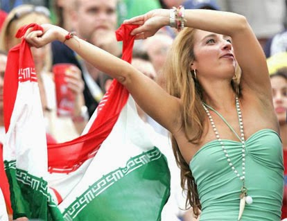 iranians-sexy-fans-in-world-cup-2014 (19)