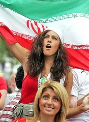 iranians-sexy-fans-in-world-cup-2014 (22)