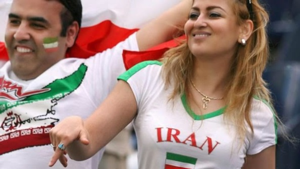 iranians-sexy-fans-in-world-cup-2014 (23)