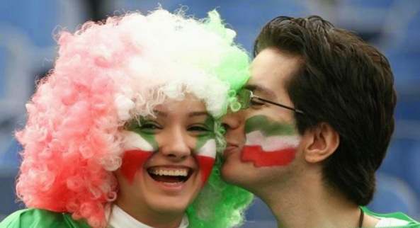 iranians-sexy-fans-in-world-cup-2014 (4)