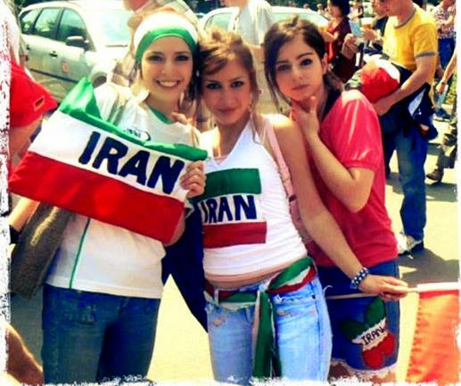 iranians-sexy-fans-in-world-cup-2014 (8)